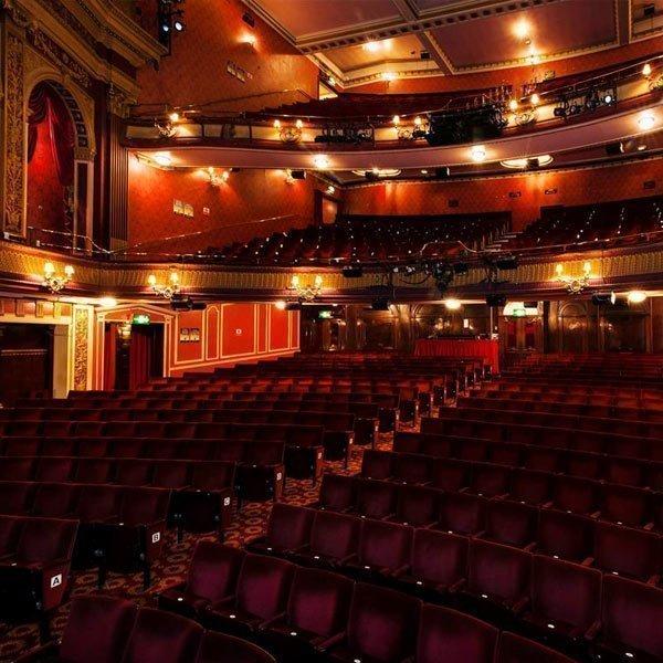 Grand Circle Seats Reviews At Phoenix Theatre